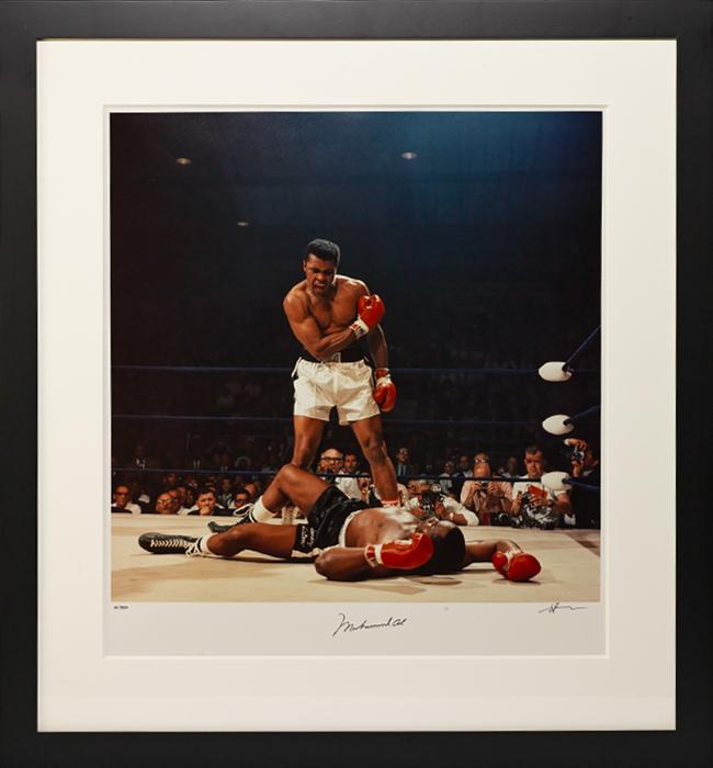 Photograph signed (vs. Sonny Liston)